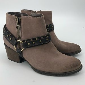 Crown Vintage Wendy Harness Western Ankle Boot 9